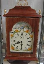 QUEEN VICTORIA MANTEL CLOCK